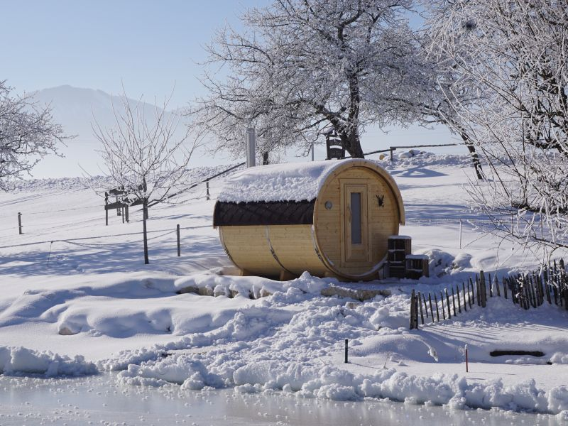 D_Seimehof_Fass-Sauna