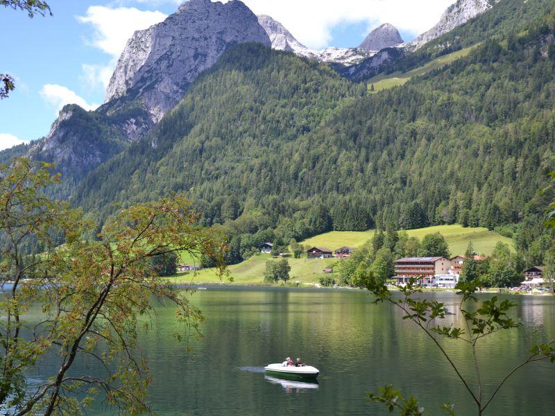 Familienwanderung durch den Zauberwald am Hintersee (c)Petra Sobinger