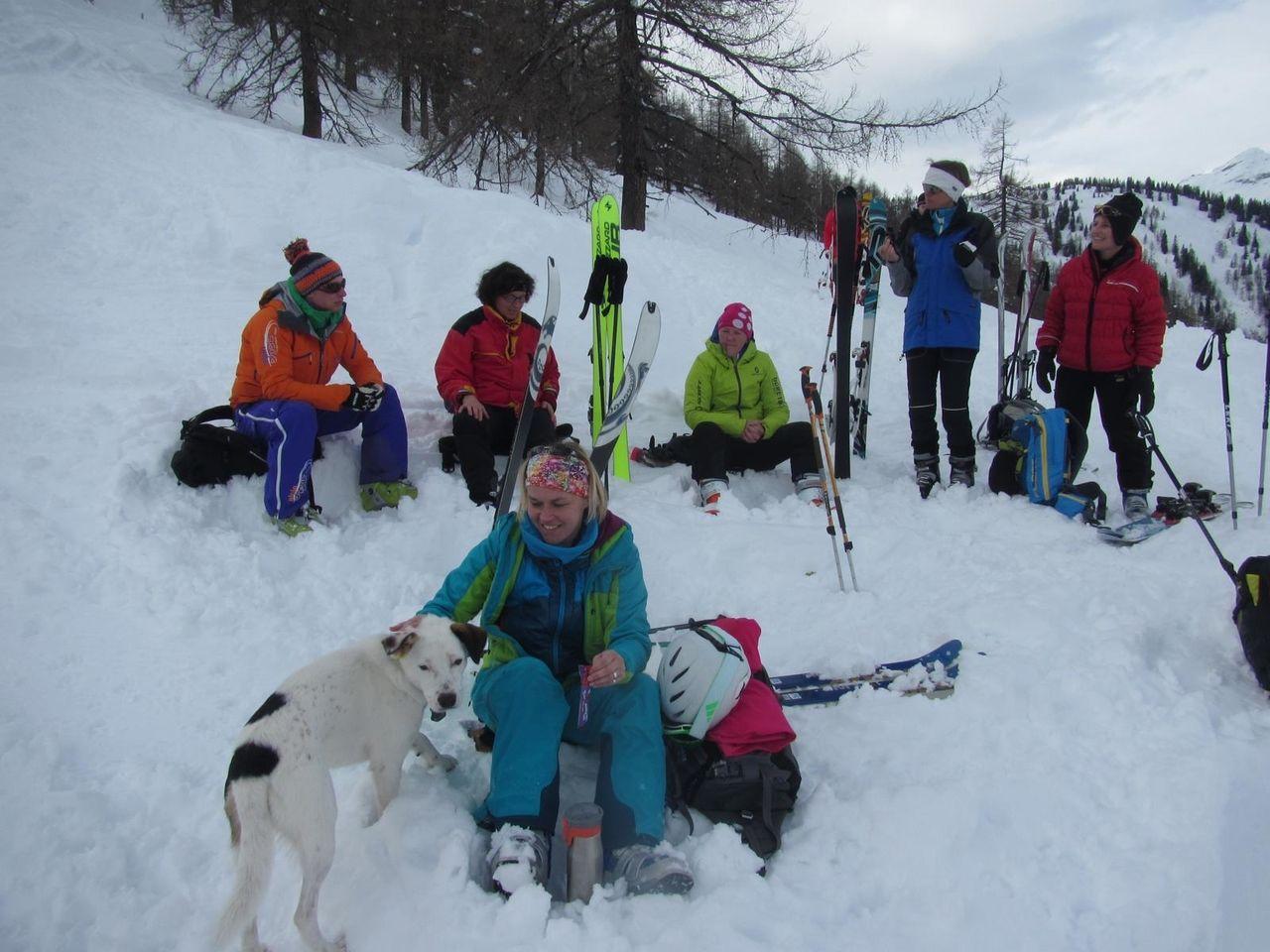 skitourenwinterladiescampkoreinpausevorabfahrtkaralm_18