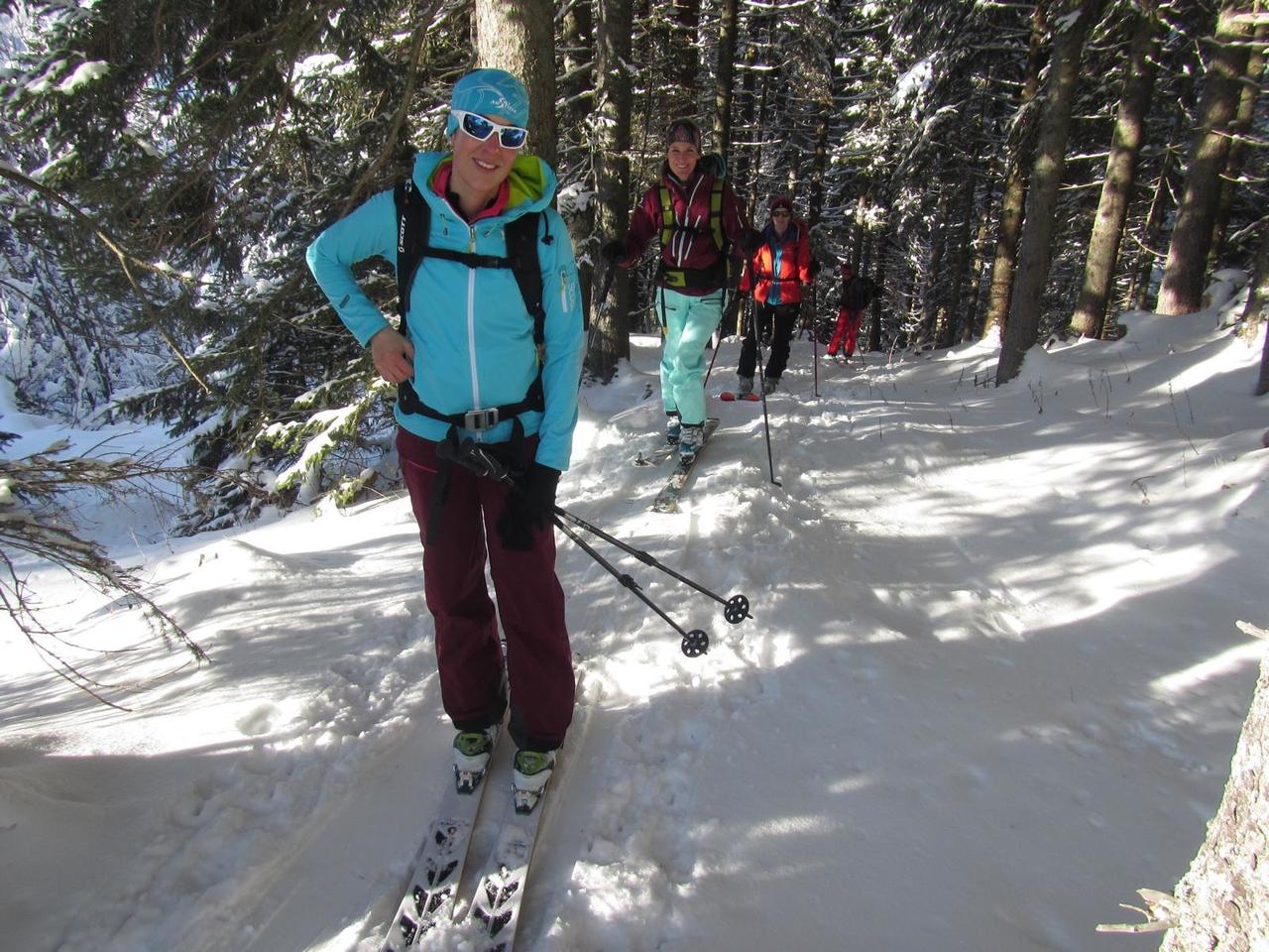 skitourskitourenwinteratladiescampaufstieg