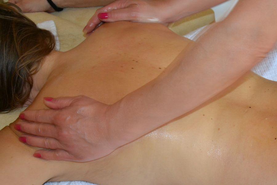 Honigmassage im Klausnerhof im Zillertal