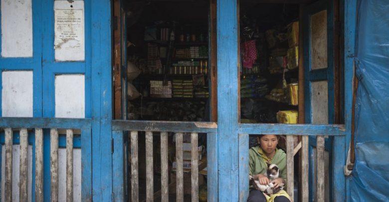 Photo of Heute ist Weltfrauentag – Salewa spendet an Sherpa Girl Projekt