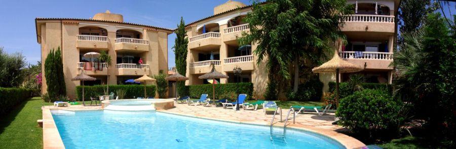 (c) Sail & Surf Pollensa / Mallorca (Appartementanlage)