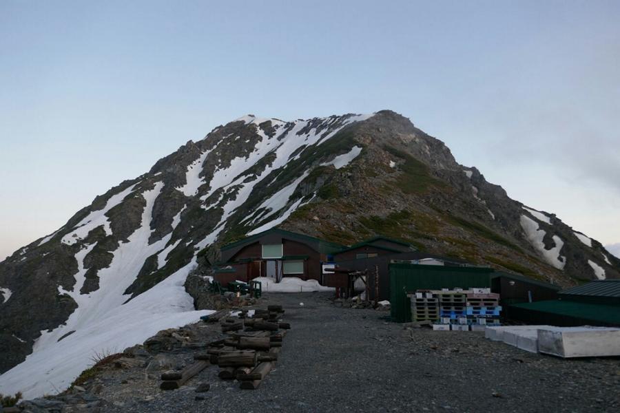 Reisetagebuch Elena und Mateo - Schutzhütte am Mount Kitadake - Zuhause für 2 Nächte