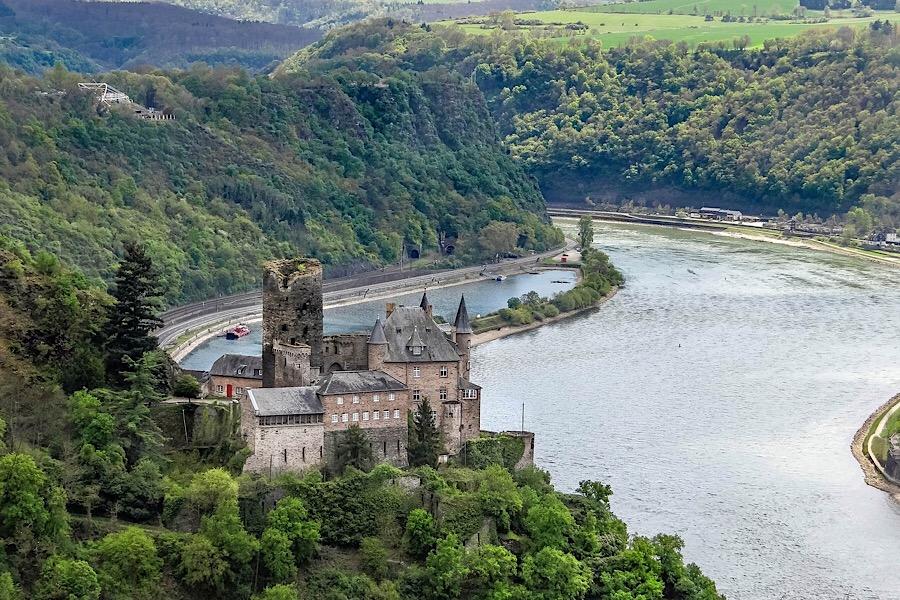 Der Rhein – von der Quelle bis zur Mündung: Roadtrip durch sechs Länder