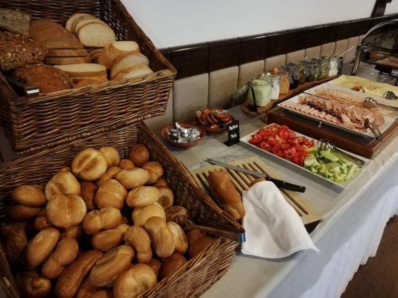 #vonBerchtesgadennachRijeka Radtour Pfingsten 2018 - Frühstück im Hotel Ridno in Bled