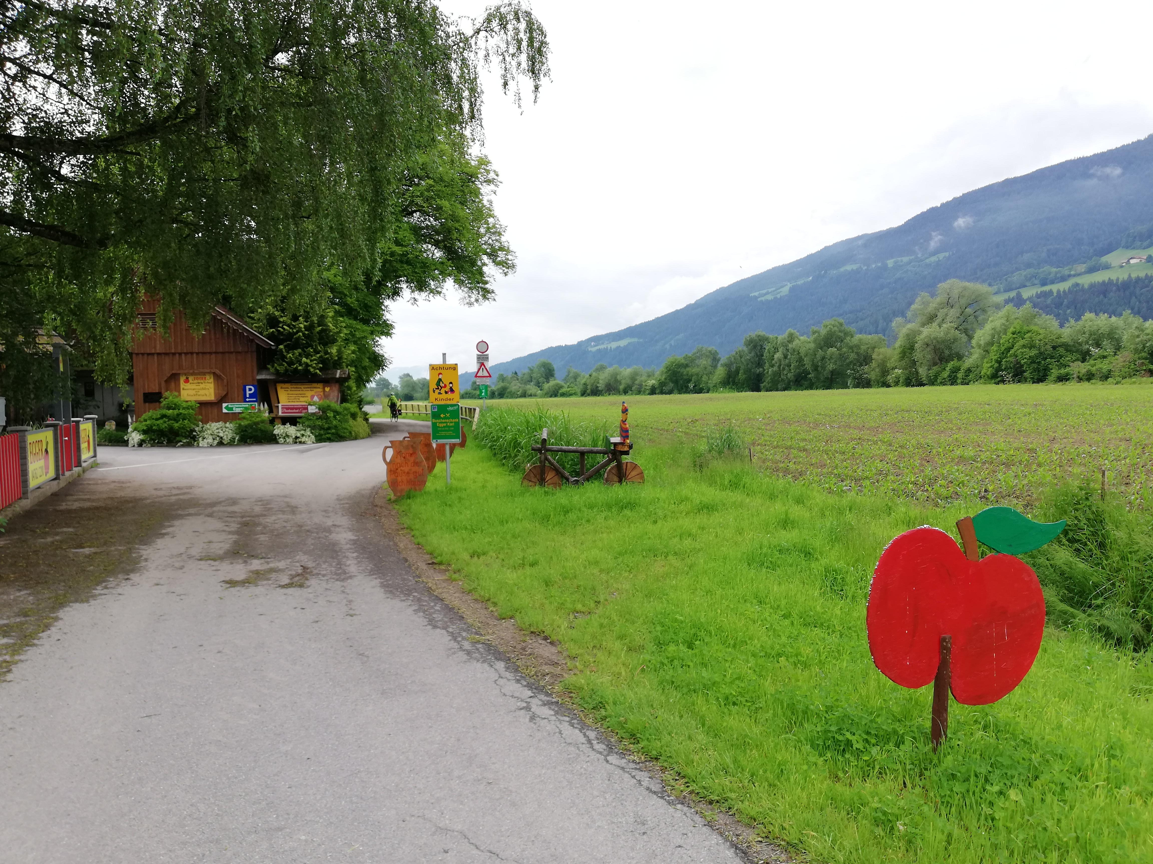 #VonBerchtesgadennachRijeka - Tag 3 - Drauradweg von Spittal nach Villach - Buschenschänke Egger