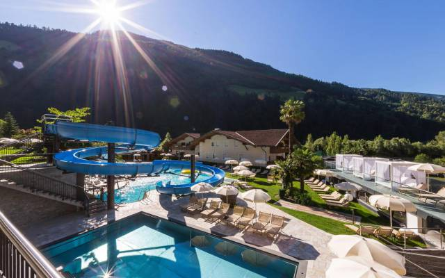 Photo of Hotel Quellenhof: Familienurlaub in den Alpen