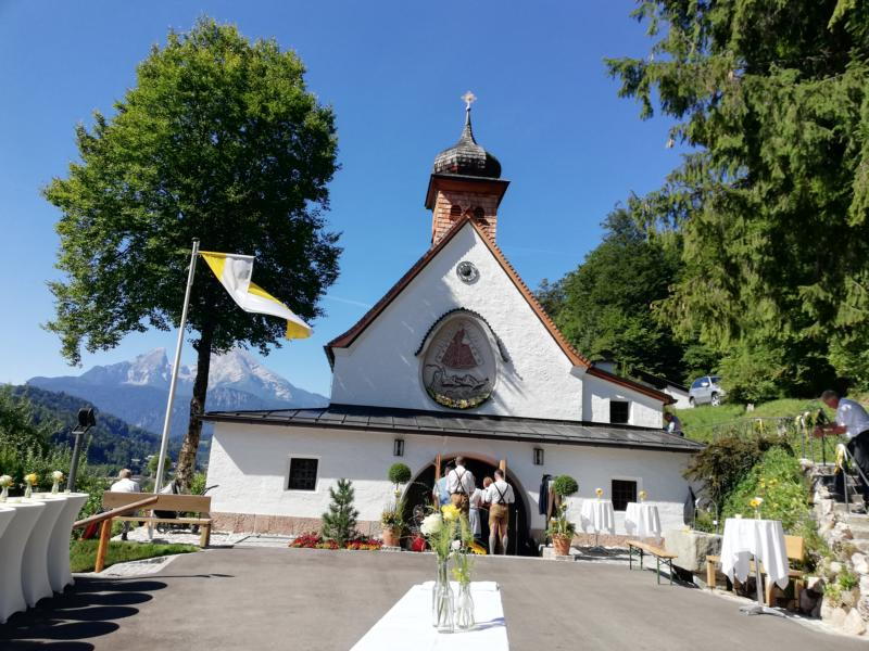 Altarweihe durch Kardinal Marx in der Kapelle Maria am Berg in Berchtesgaden (c) Petra Sobinger
