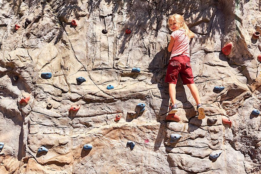 Es gibt viel zu erleben - Kletterwand © Marco Felgenhauer - Woidlife Photography