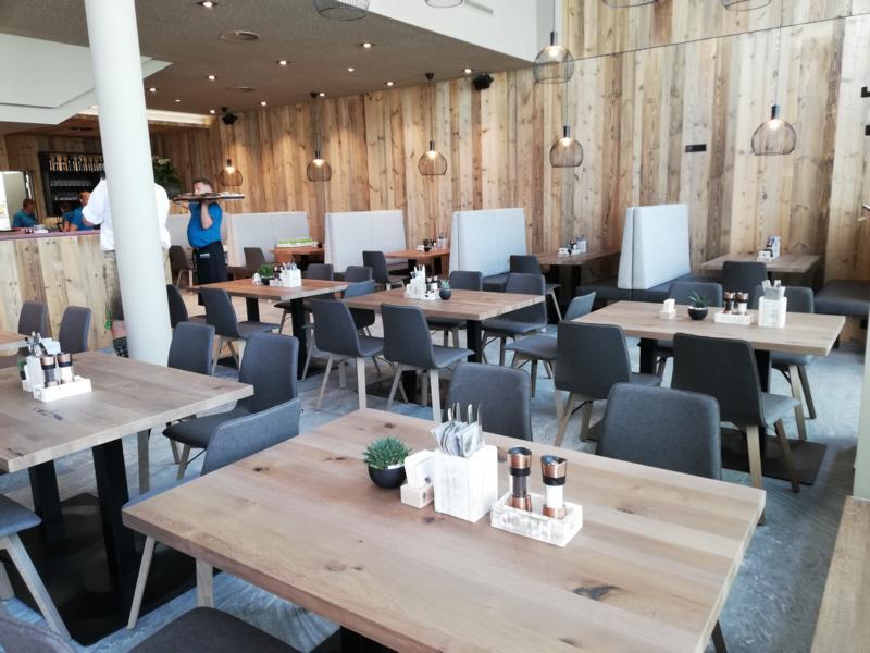 Halbzeit - Die neue Gastronomie auf der Mittelstation der Jennerbahn
