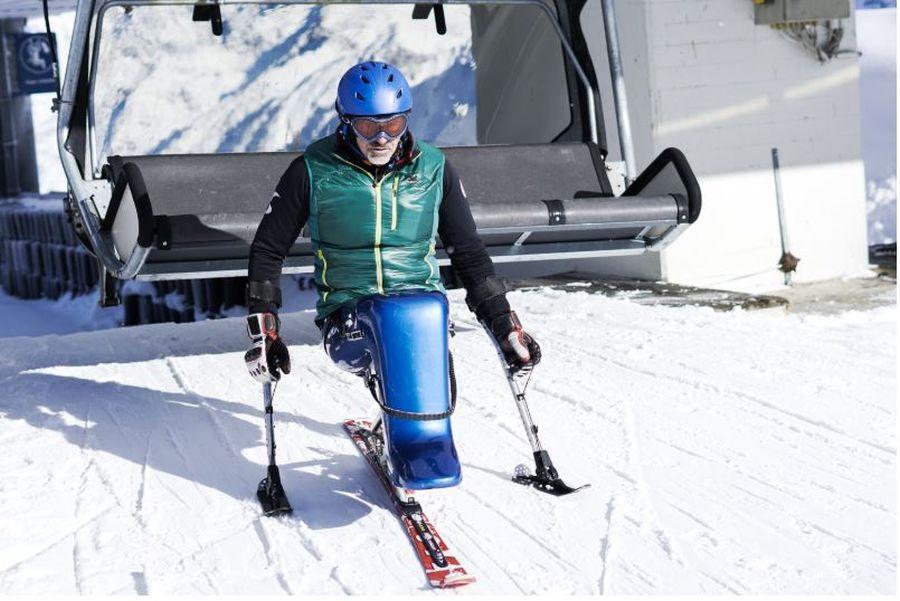Auf dem Kaunertaler Gletscher können Rollstuhlfahrer mit Mono-Skibobs auch dem Skisport frönen © Kaunertaler Gletscher/ Hafele