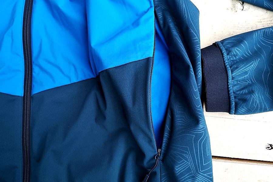 Nicht nur auf dem Fahrrad macht die VAUDE Men's All Year Moab Jacke eine gute Figur ©be-outdoor