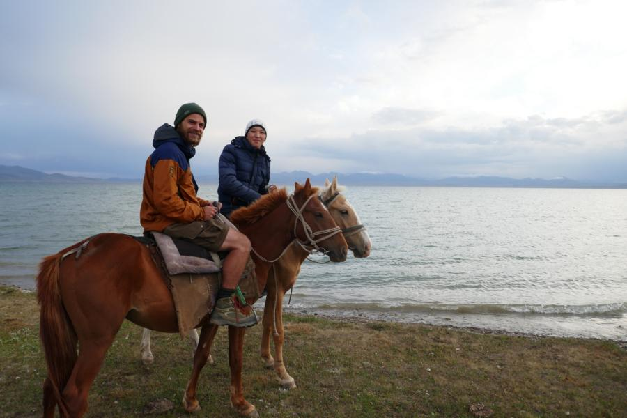 Reisetagebuch Elena und Mateo - Song Kol, der deutsche Nomade