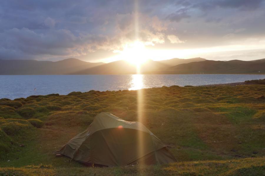 Reisetagebuch Elena und Mateo - Song Kol, ein wunderschöner Zeltplatz