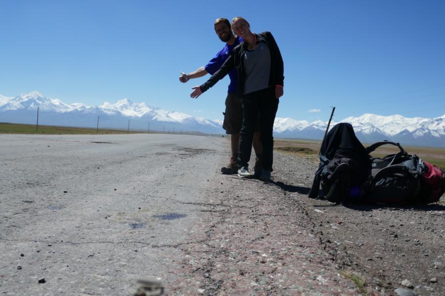 Reisetagebuch Elena und Mateo - per Anhalter auf dem Pamir Highway weiter nach Tadschikistan