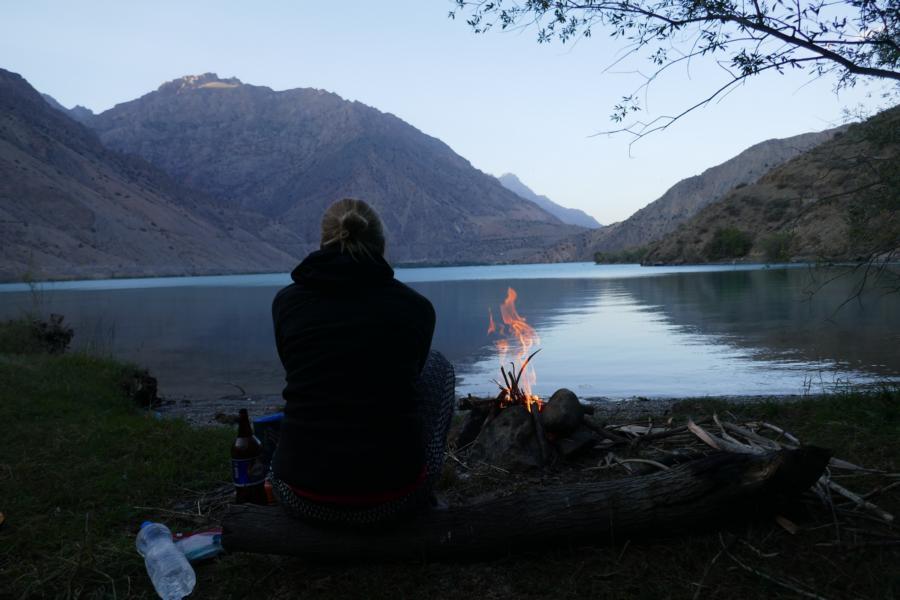 Reisetagebuch Elena und Mateo - schöner Ort zum Zelten am Iskanderkul See