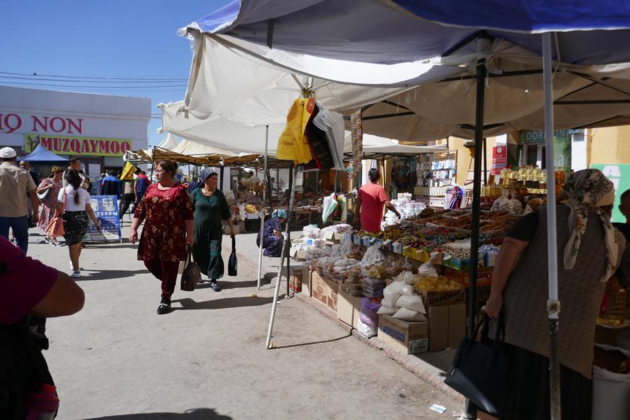 Reisetagebuch Elena und Mateo - Bazar in Khiva