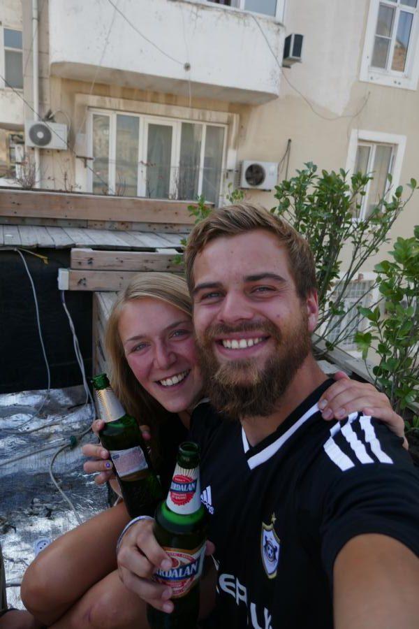 Reisetagebuch Elena und Mateo - Einstimmung auf das Fußballspiel in Baku