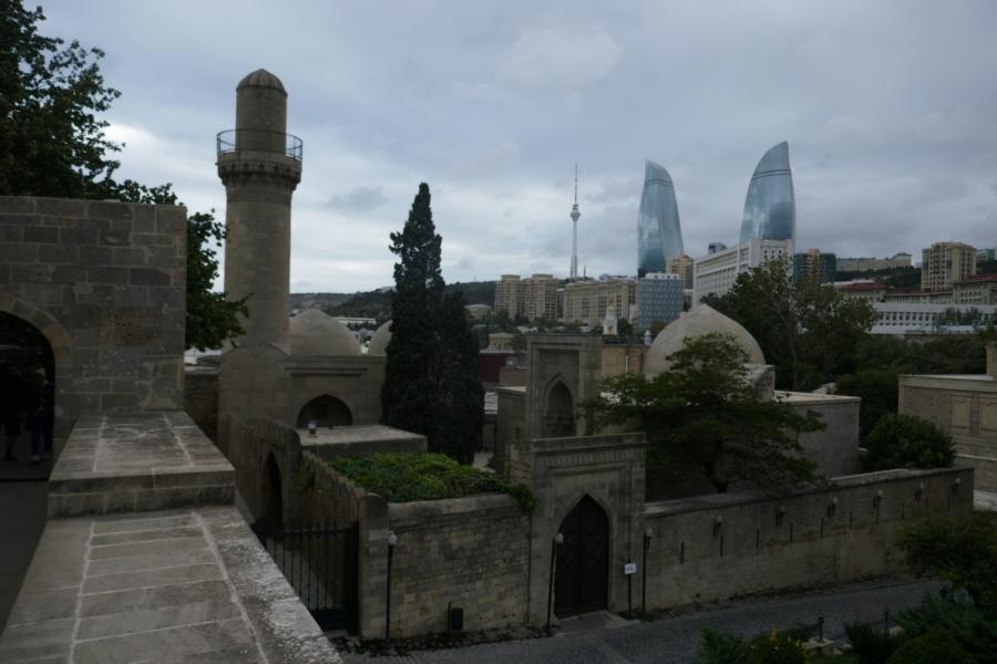 Reisetagebuch Elena und Mateo - Baku Altstadt