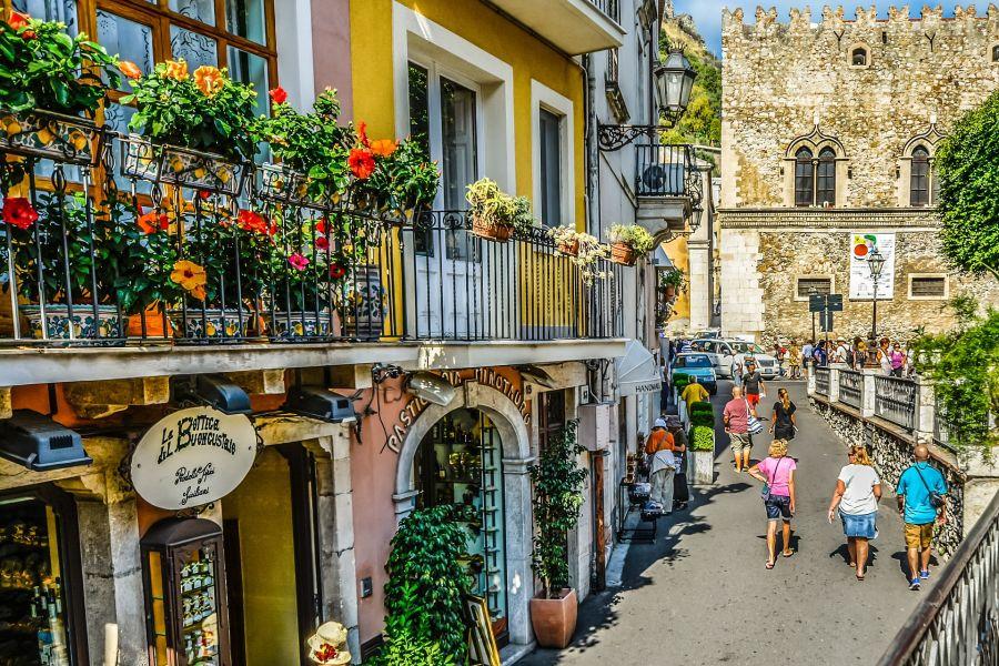Fruehling in Sizilien (c) Pixabay