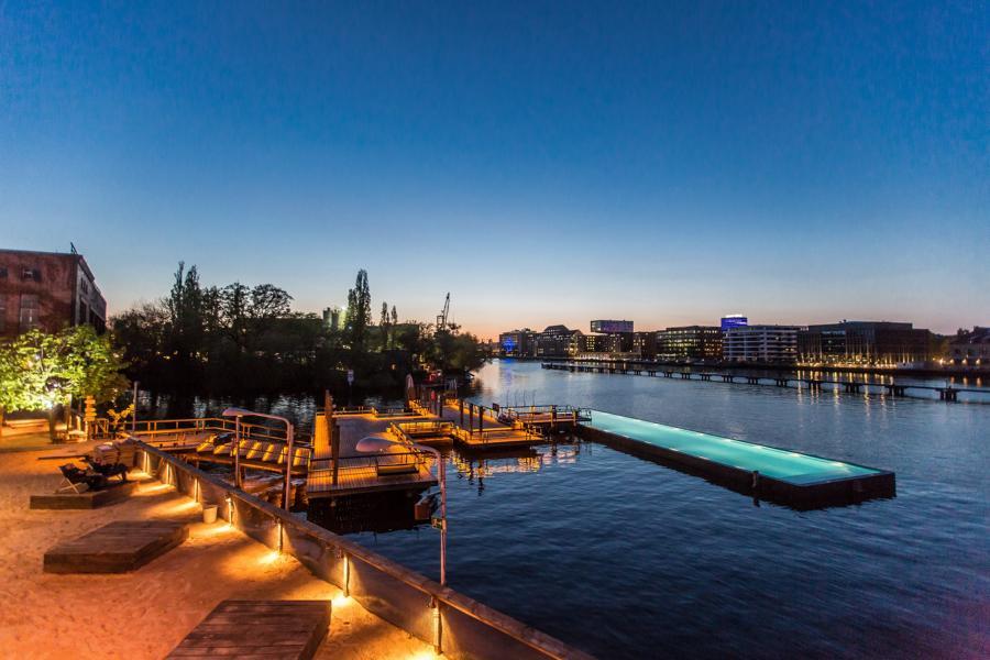 Berlin Badeschiff ©Arena Berlin