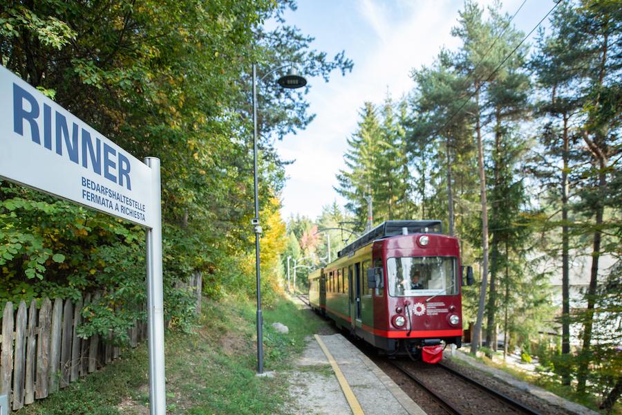 Die Rittner Bahn (c)Hotel Rinner
