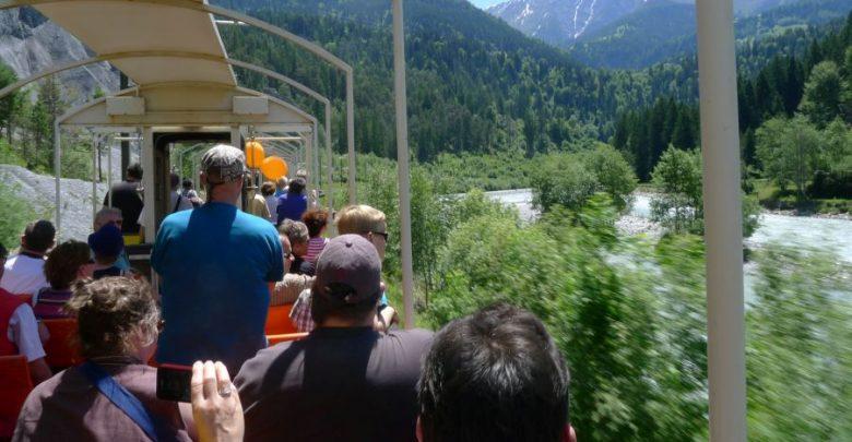 Photo of Rhätische Bahn – Cabrio-Fahrt durch den Schweizer Grand Canyon