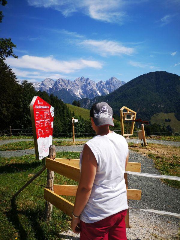 (c)Marion Pichler - Biathlon WM Pfad im PillerseeTal - Schlag den Landi