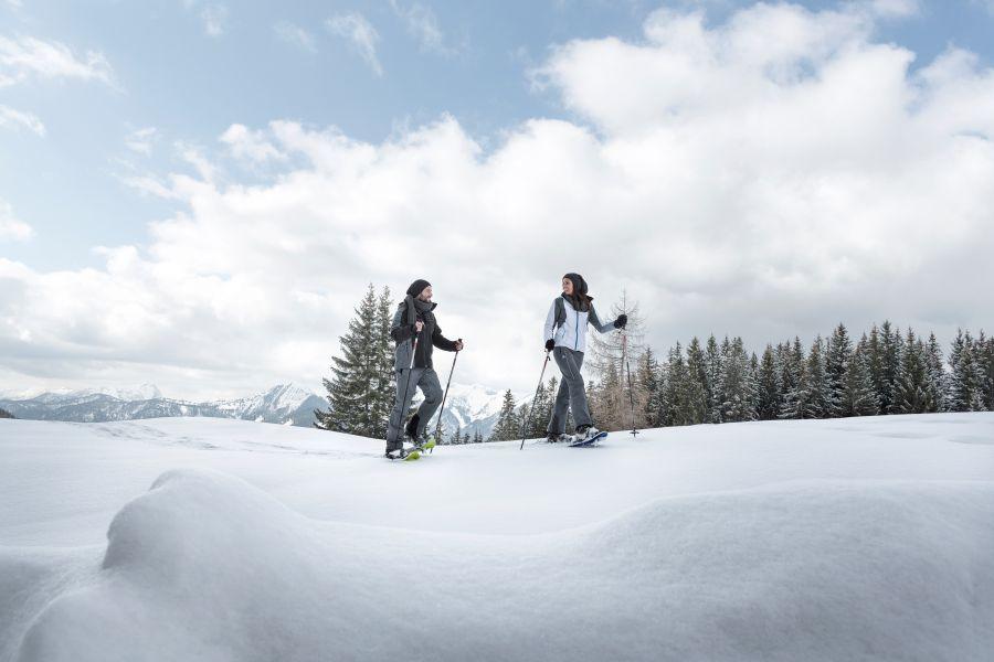 Schneeschuhwandern im Pulverschnee - Kala
