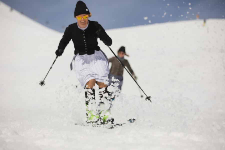 (c)Dirndl-Skitag 2019
