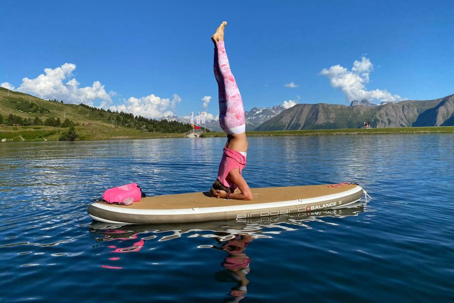 (c)MountainTeamEvent - SUP YOGA mit Karin Bittel (www.moutainglow.ch)