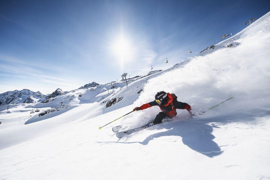 (c)Andre Schoenherr - Freeriden Stubaier Gletscher