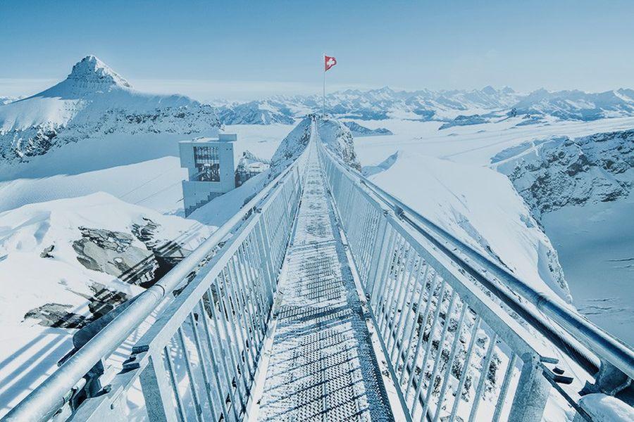 (c)Glacier3000