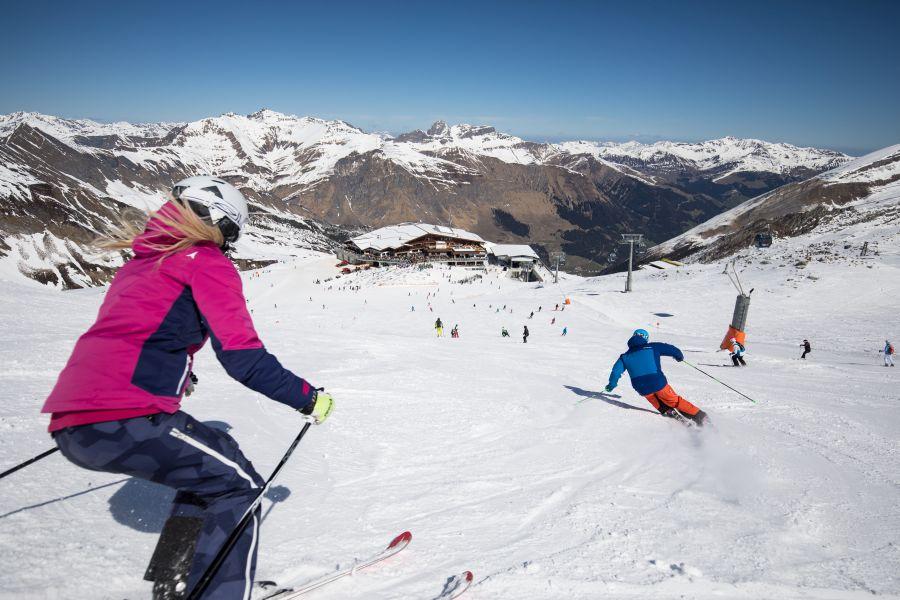 (c)Hintertuxer Gletscherbahnen - Herbstskilauf