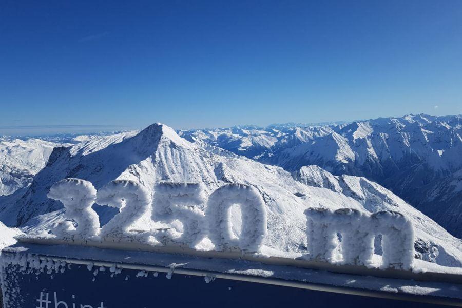(c)Hintertuxer Gletscherbahnen - Panoramaterrasse