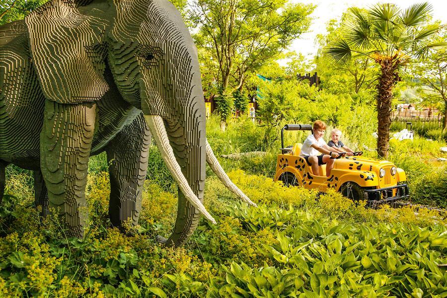 (c)LEGOLAND Deutschland Safari Tour